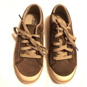 Teva freewheel chocolate suede lace up sneakers